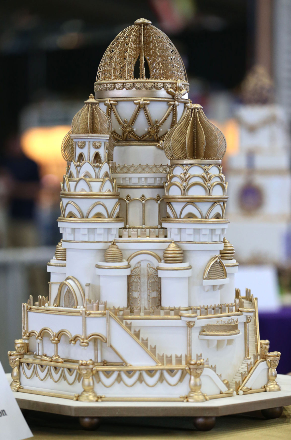 Wedding Cakes Tulsa Ok  Wedding dress cake earns top honors at Grand National