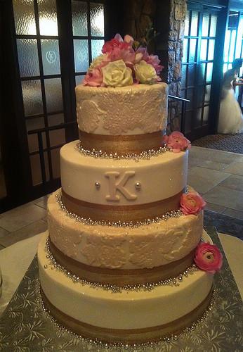 Wedding Cakes Tulsa Ok  steelman wedding All Things Cake Tulsa OK