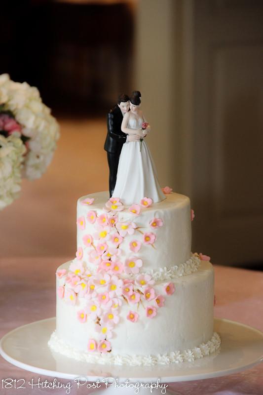 Wedding Cakes Two Tiers  Two tier Wedding Cakes