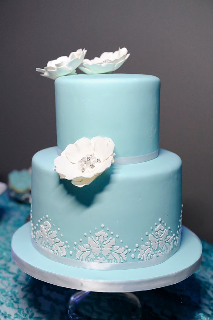 Wedding Cakes Two Tiers  Turquoise Two Tier Wedding Cake