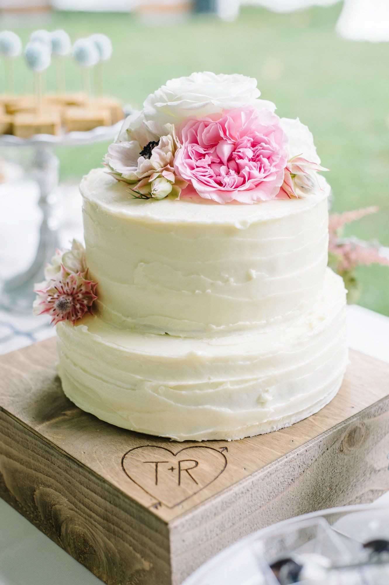 Wedding Cakes Two Tiers  Two Tier Buttercream Wedding Cake