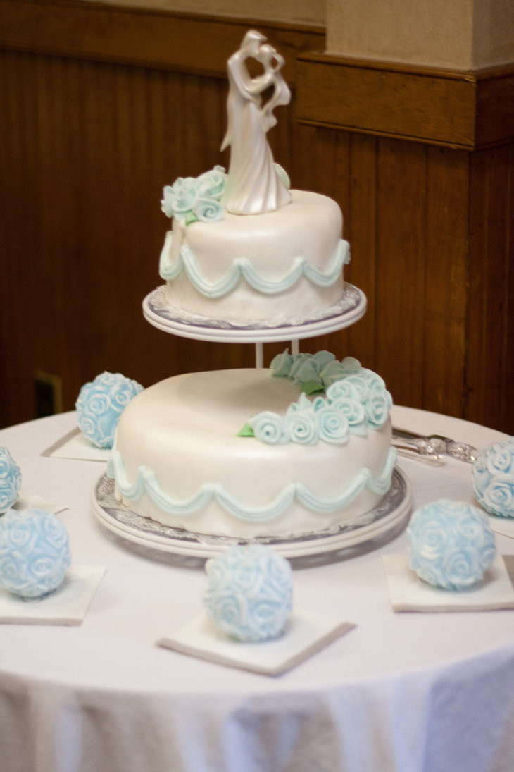 Wedding Cakes Two Tiers  2 Tier Floating Wedding Cake by CellasCakes on DeviantArt