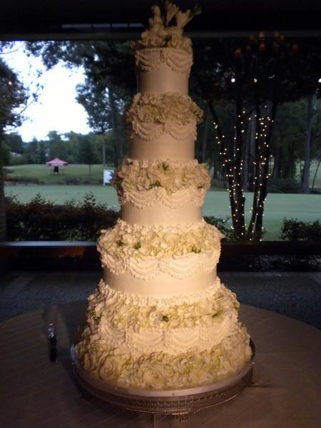 Wedding Cakes Tyler Tx  5 tier buttercream wedding cake Village Bakery Tyler
