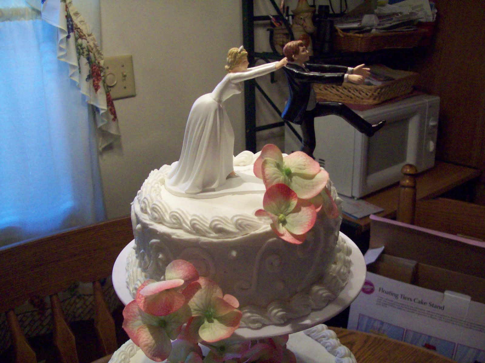 Wedding Cakes Tyler Tx  Crazy about Cakes Sarah and Tyler s wedding cake