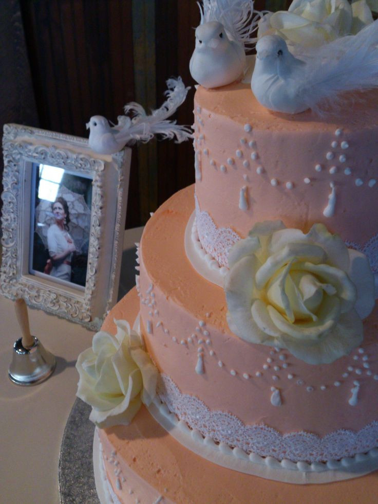 Wedding Cakes Utah  17 Best images about Awesome Wedding Cakes Cheap on