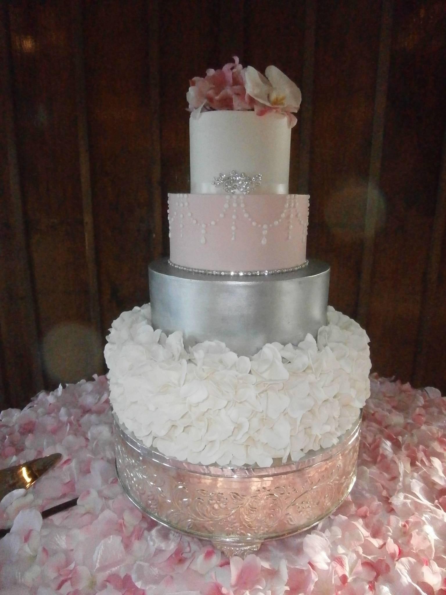 Wedding Cakes Waco Tx  Sweet Treets Bakery Wedding Cakes Austin Texas