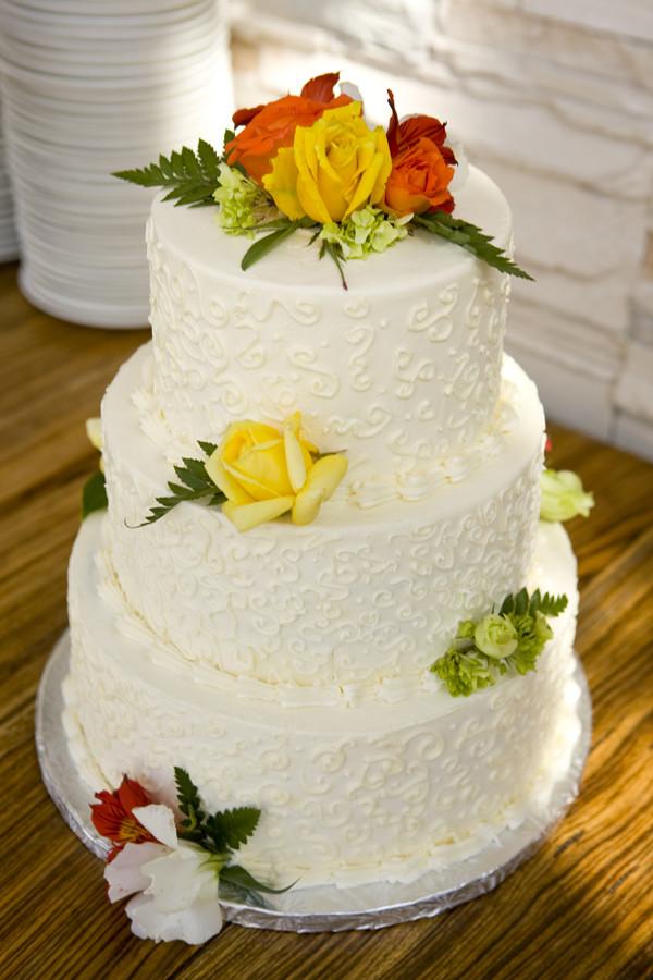 Wedding Cakes Whole Foods  yatyalan whole foods order cake