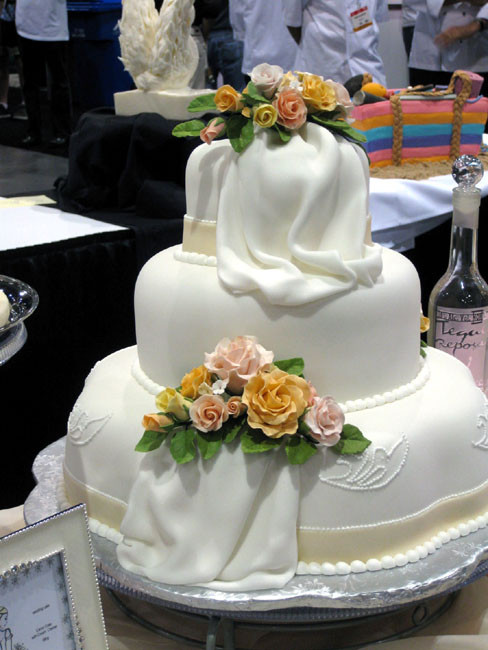 Wedding Cakes Whole Foods  Whole Foods Wedding Cake