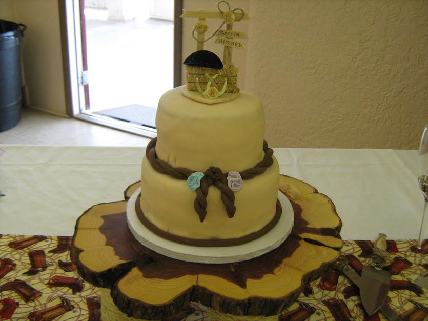 Wedding Cakes Wichita Ks  Bliss & Bubbles Boutique Best Wedding Cake in Wichita