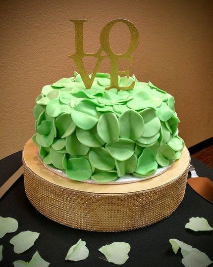 Wedding Cakes Wichita Ks  Dècor de Cortez Cakes Sweets & Treats Wedding Cake