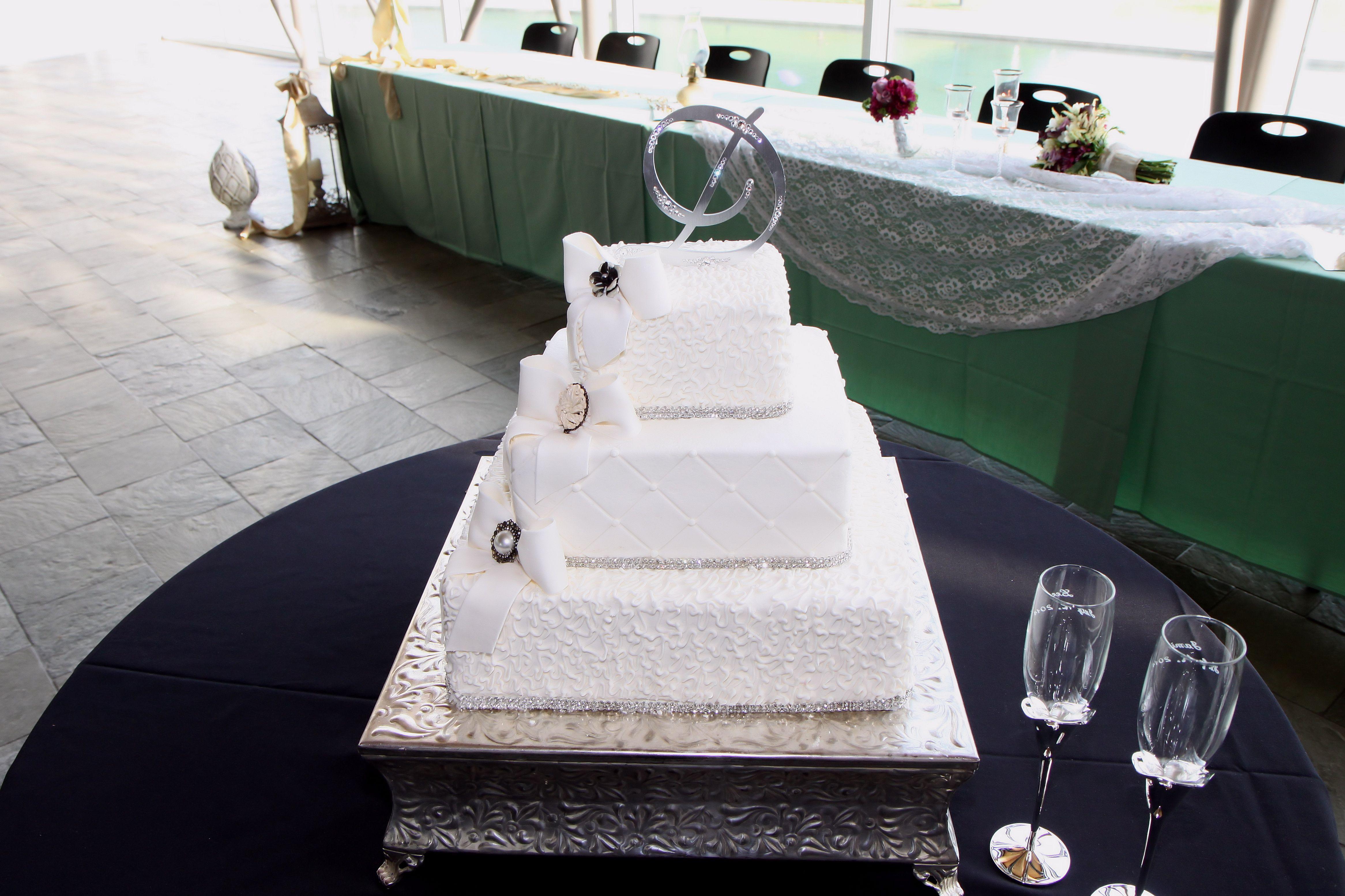 Wedding Cakes Wichita Ks  Wedding Cakes Wichita Ks Wedding graphy
