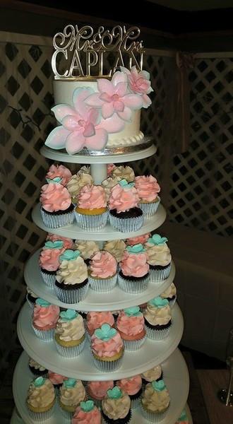 Wedding Cakes Wichita Ks  W O W Cakes Wichita KS Wedding Cake