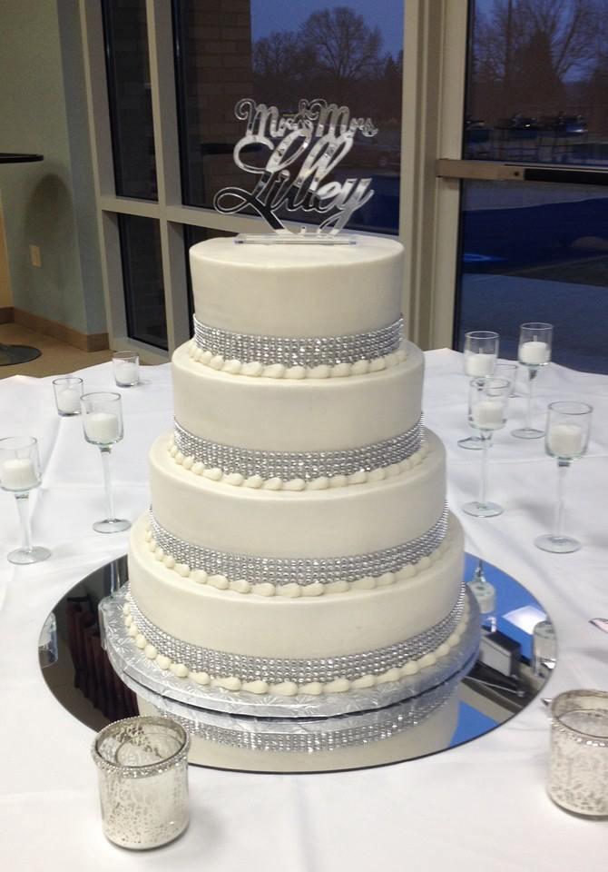 Wedding Cakes With Bling  Bling Wedding Cake