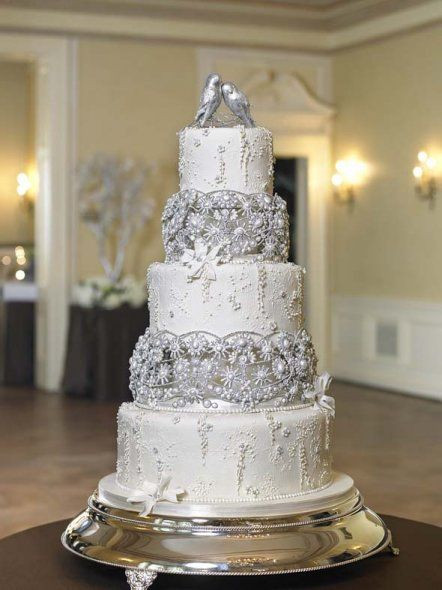 Wedding Cakes With Bling  17 Best images about Wedding Cake Bling on Pinterest