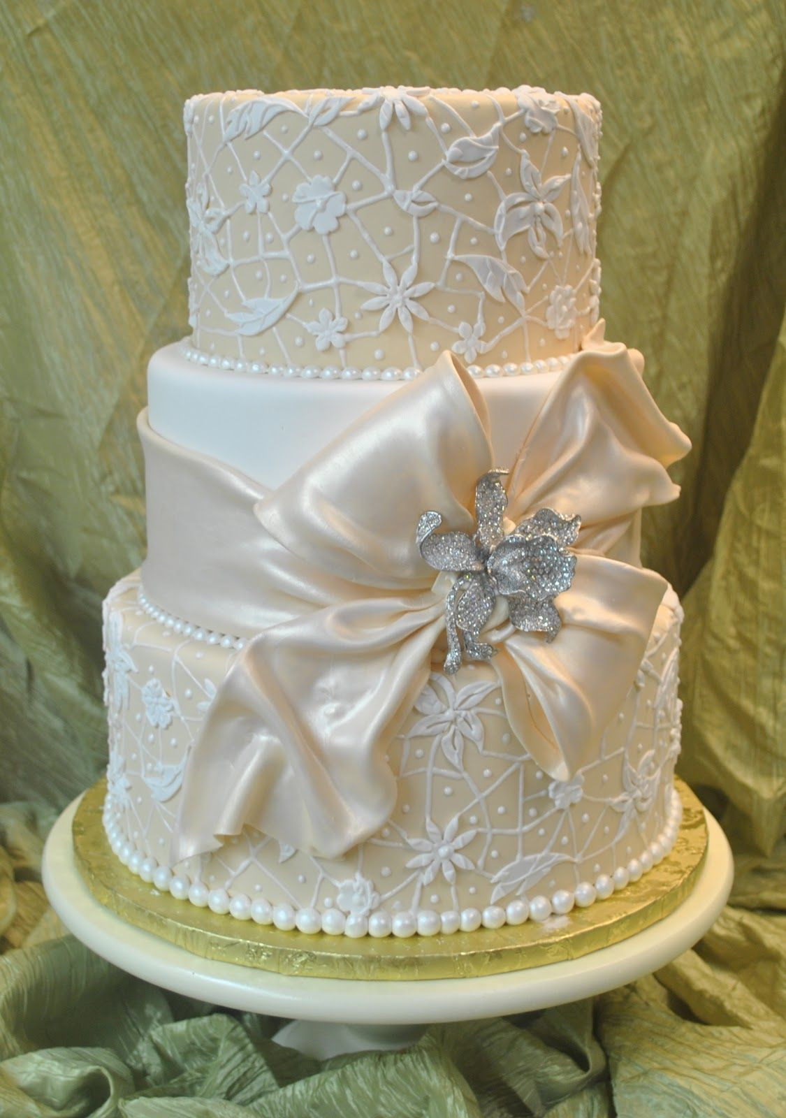 Wedding Cakes With Bows  Cake ribbons bows drapes on Pinterest
