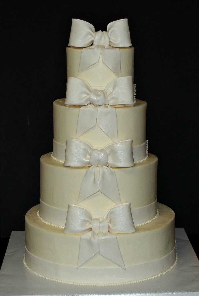 Wedding Cakes With Bows  The Bakery Next Door Bow Wedding Cake