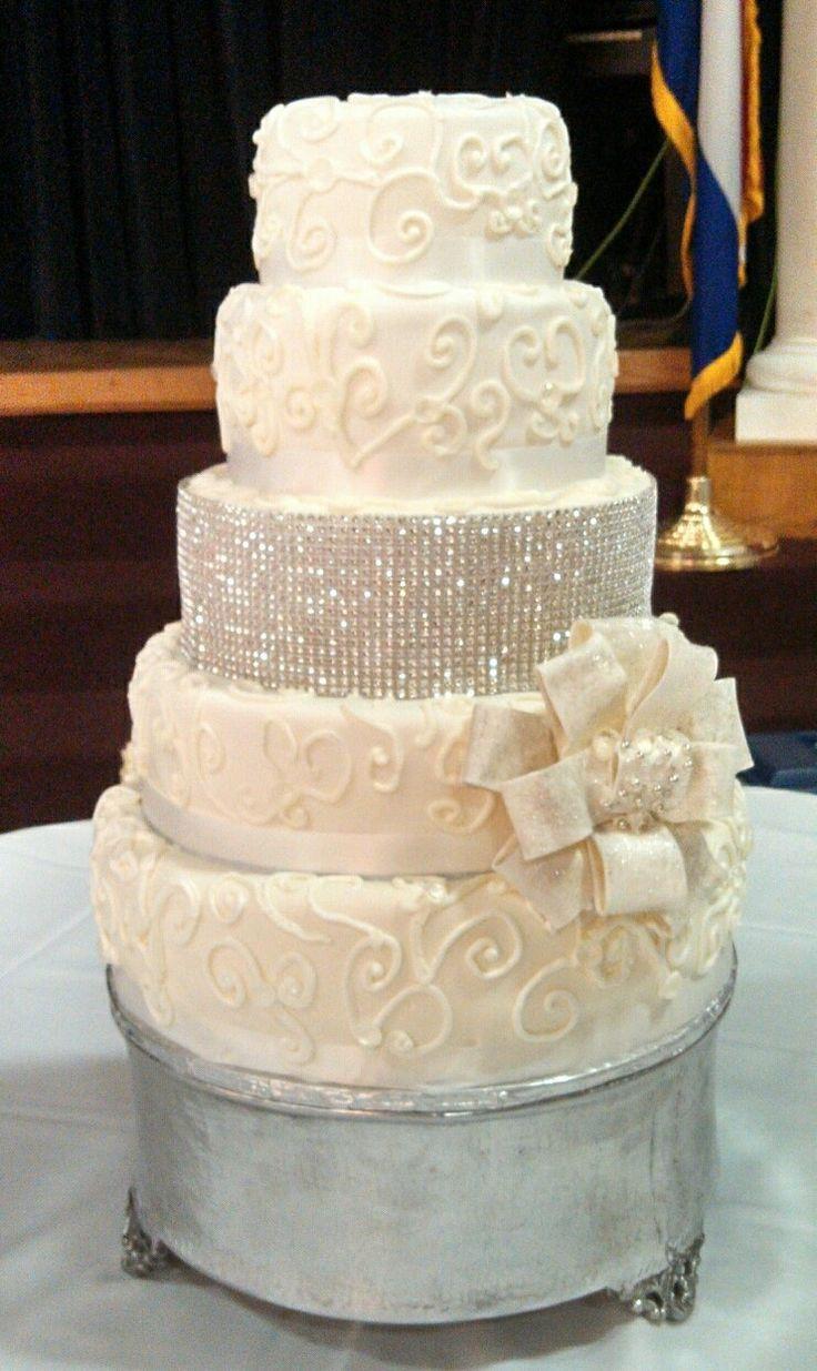 Wedding Cakes With Buttercream Frosting  Wedding cake buttercream Bling