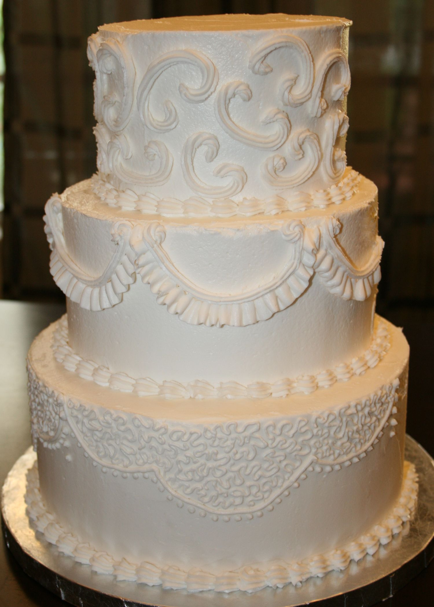 Wedding Cakes With Buttercream Icing  buttercream frosting wedding cakes