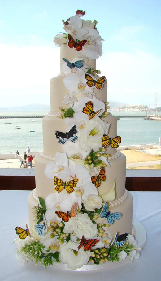 Wedding Cakes With Butterfly  Wedding Cakes
