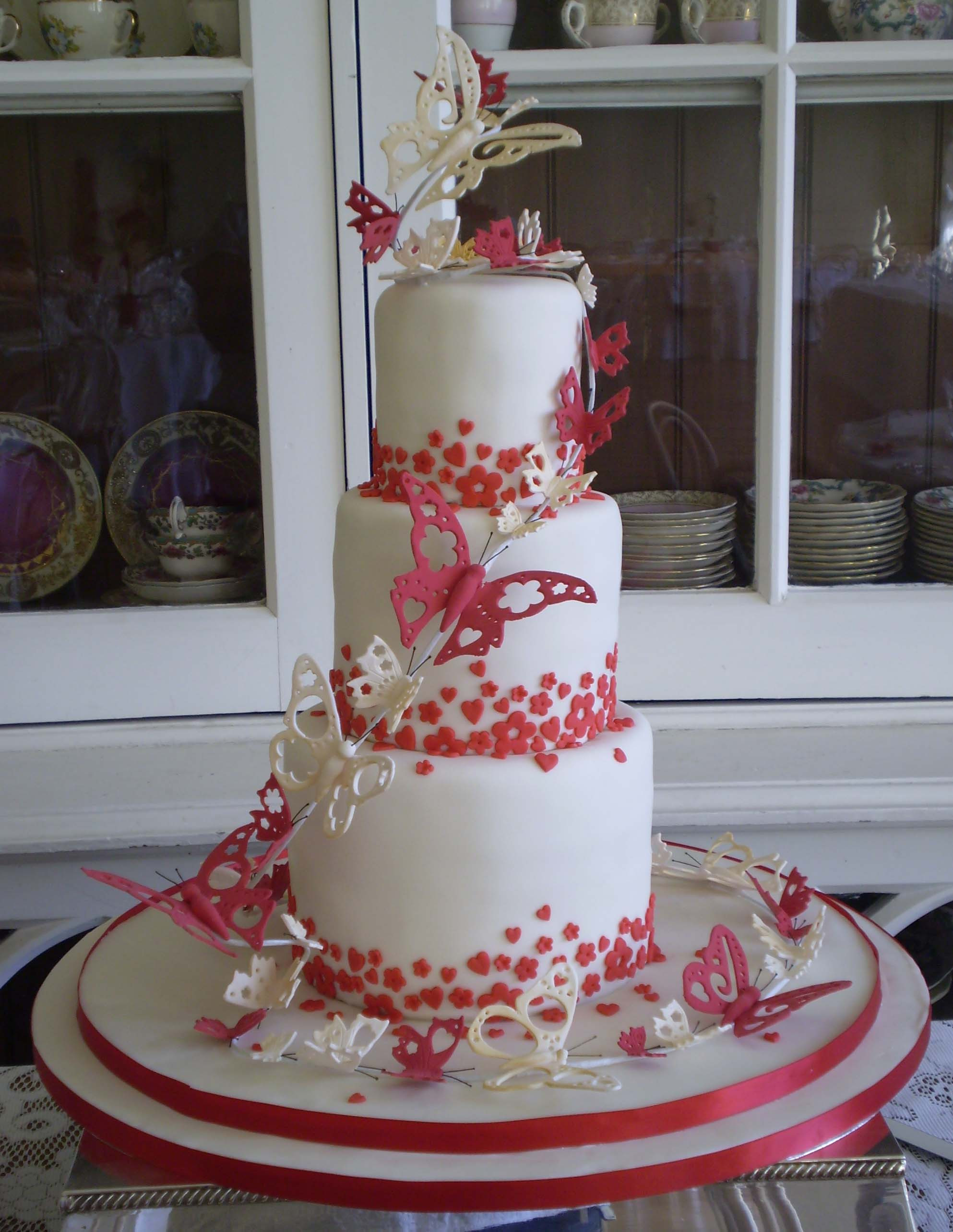 Wedding Cakes With Butterfly  Butterfly Wedding Cakes