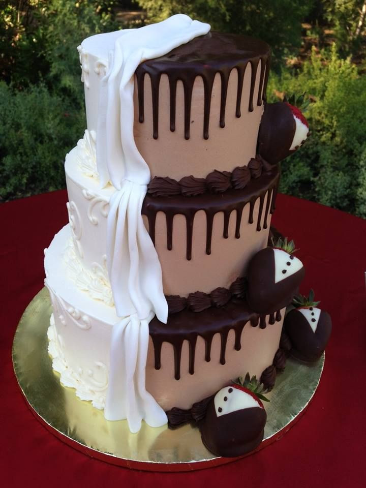 Wedding Cakes With Chocolate Covered Strawberries  A very impressive looking wedding cake by Some Crust