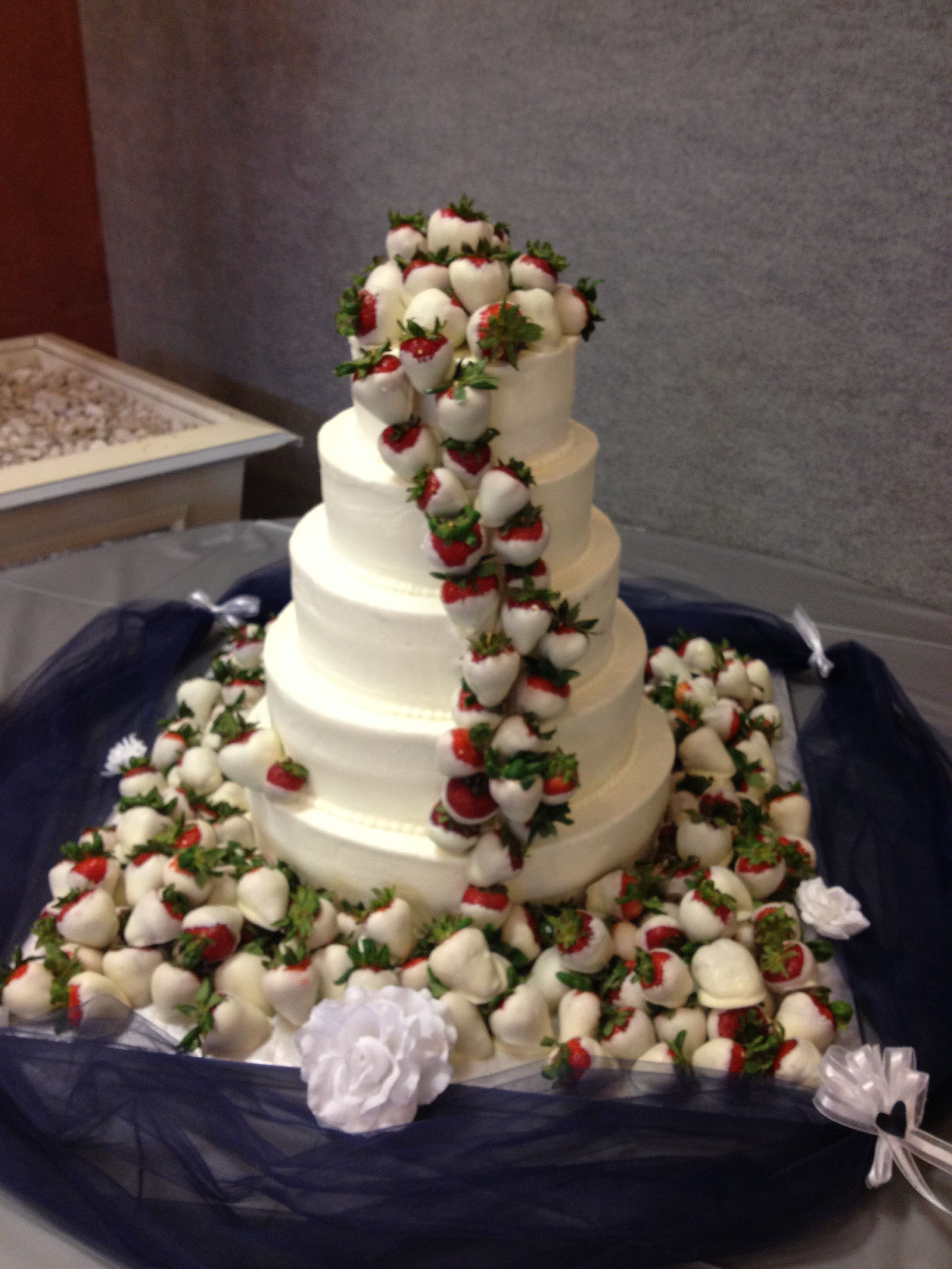 Wedding Cakes With Chocolate Covered Strawberries  Chocolate covered strawberry wedding cake made by Justine