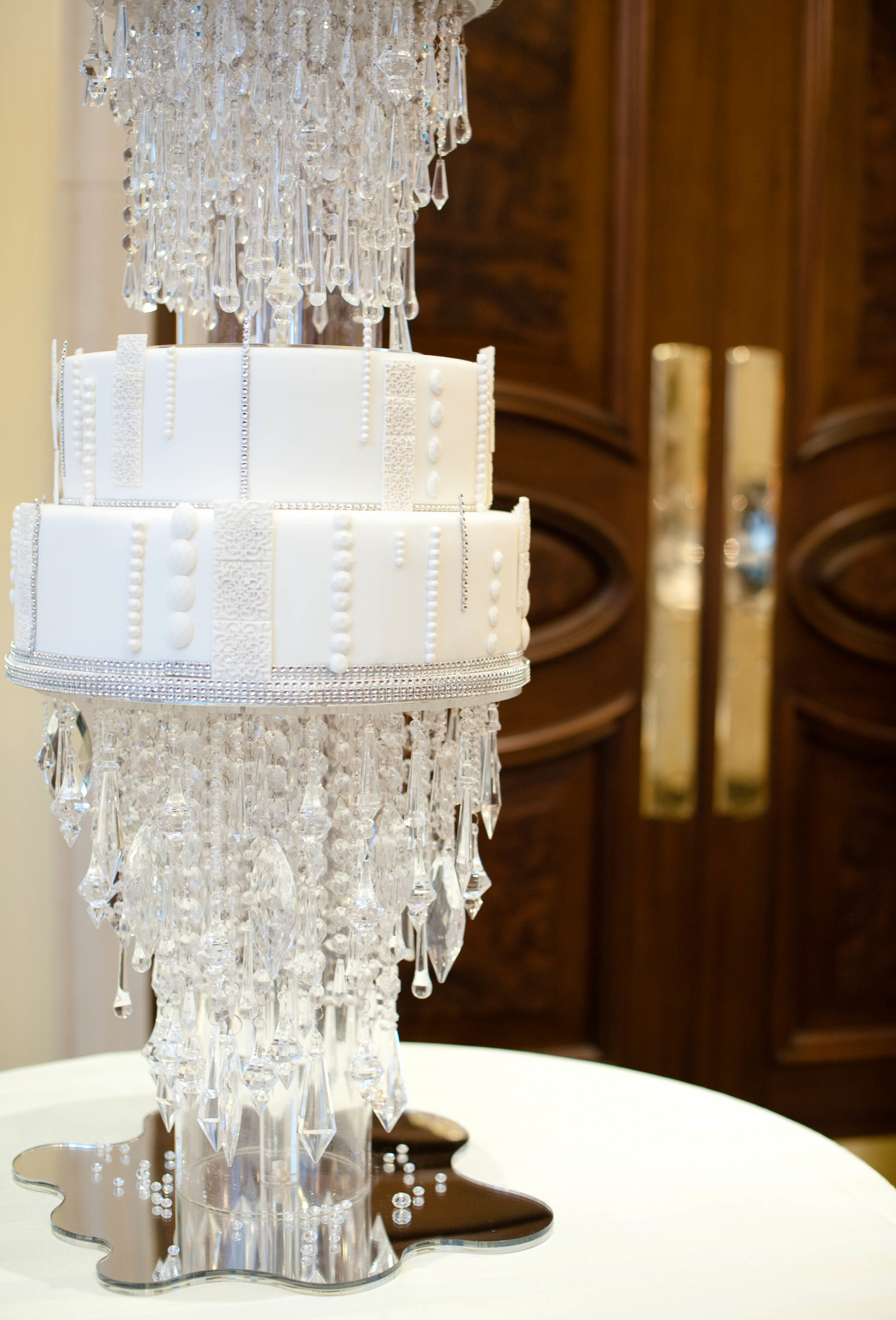 Wedding Cakes With Crystals  Cake Heaven Elizabeth s Cake Emporium The Inspired