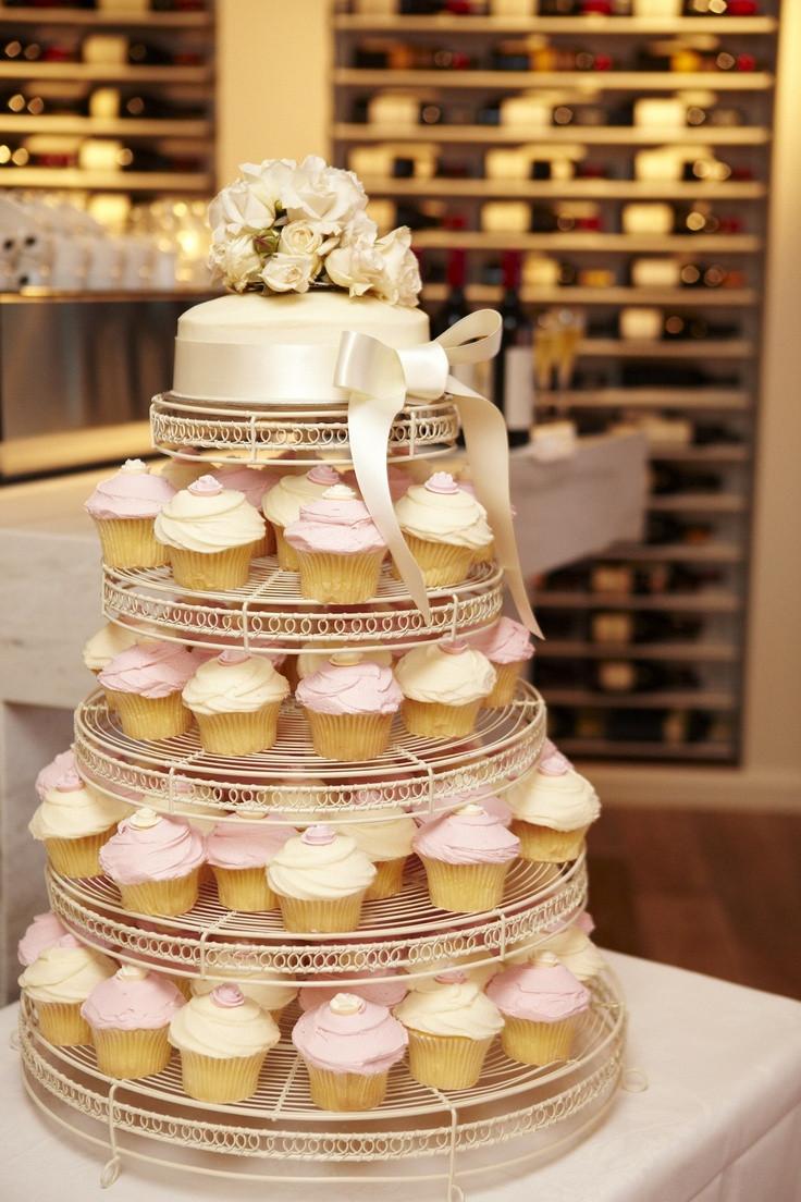 Wedding Cakes With Cupcakes On Tiers  Wedding Cupcake Tier Oanon Round Crystal Clear Acrylic