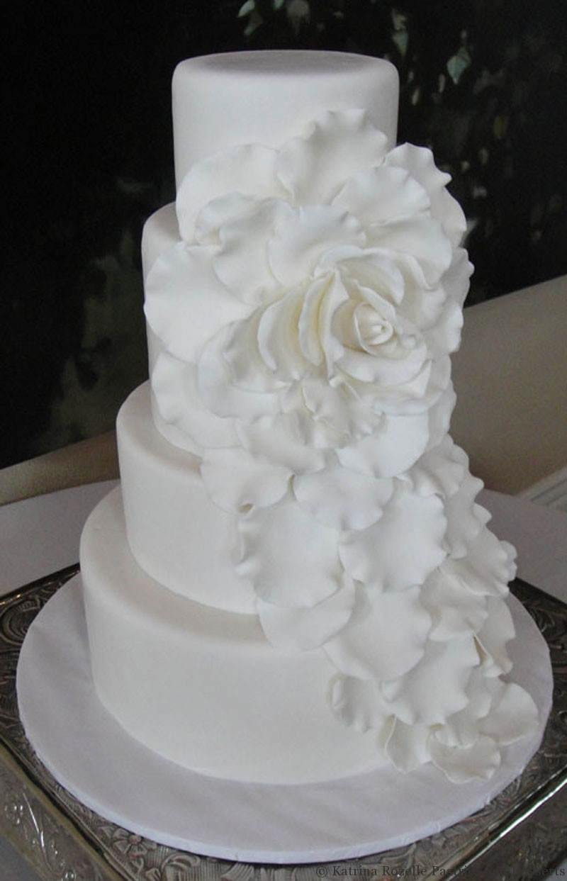 Wedding Cakes With Fondant  rolled fondant wedding cakes