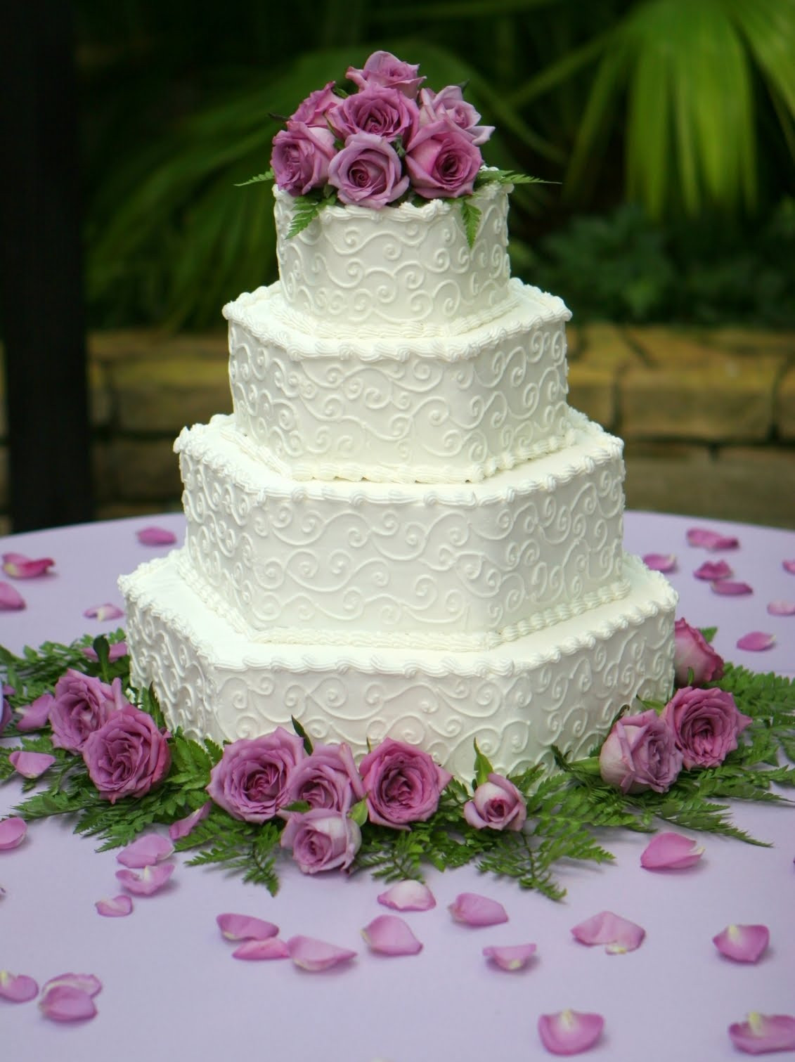 Wedding Cakes With Fondant  CreativeEvents Let s Eat Cake