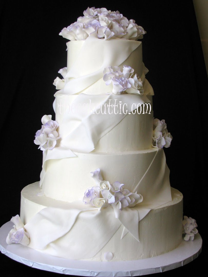 Wedding Cakes With Fondant  Wedding cakes no fondant idea in 2017