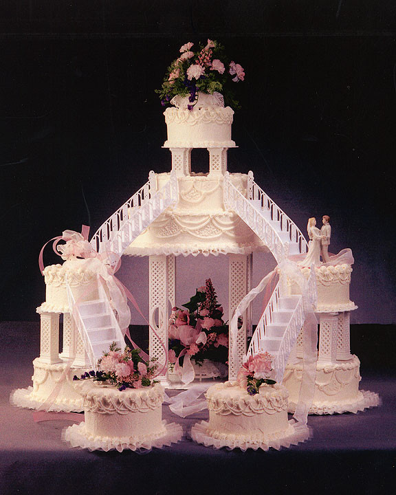 Wedding Cakes With Fountain  Wedding Cakes With Fountains 2012