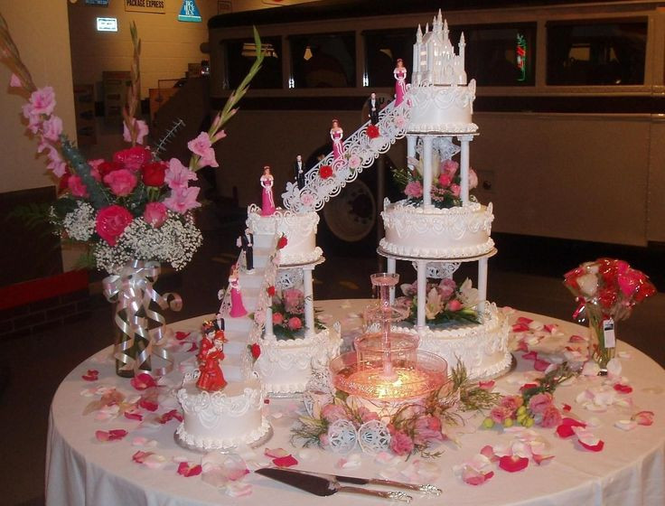 Wedding Cakes With Fountain And Stairs  25 best images about Wedding Cakes with Fountains and