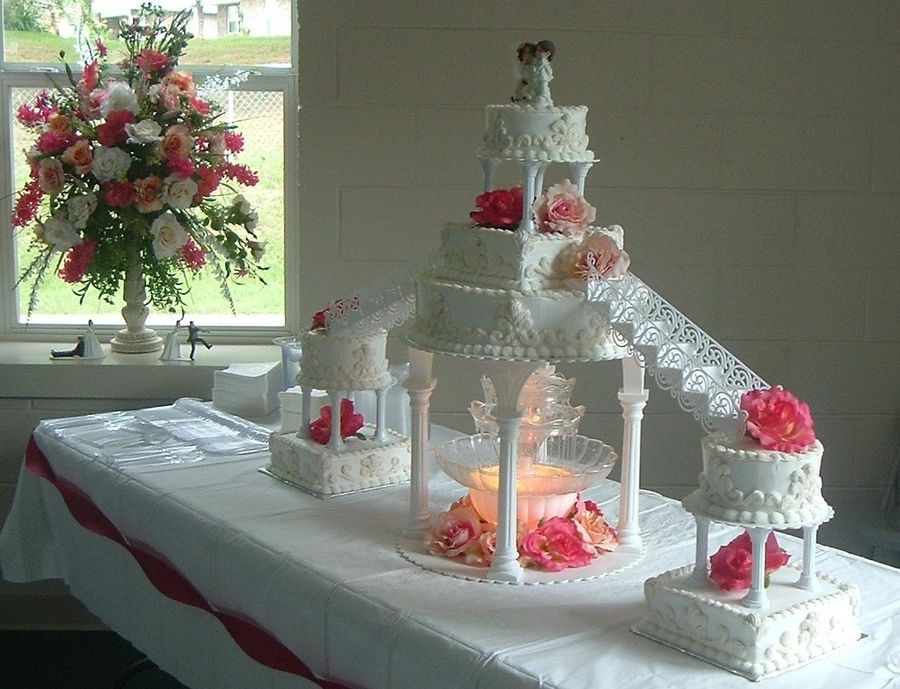 Wedding Cakes With Fountain And Stairs  stairway wedding cakes