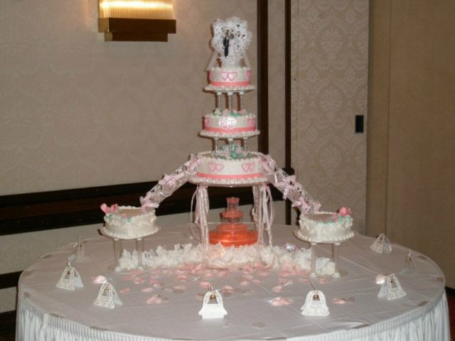 Wedding Cakes With Fountain And Stairs  25 best ideas about Fountain Wedding Cakes on Pinterest