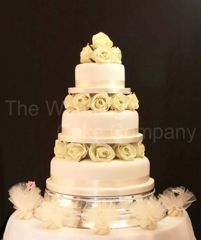 Wedding Cakes With Fountains And Lights  Wedding Cakes With Fountains And Stairs