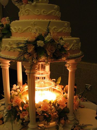 Wedding Cakes With Fountains And Lights  Wedding Cakes With Fountains And Lights
