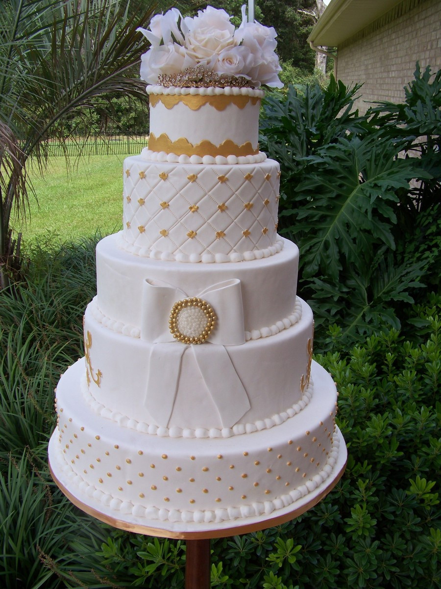 Wedding Cakes With Gold Accents  Gold Accent Wedding Cake CakeCentral