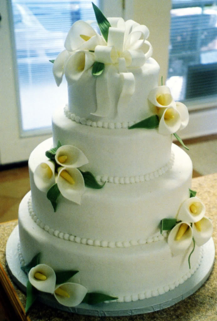 Wedding Cakes With Lilies  Calla Lily Inspired Wedding Arabia Weddings