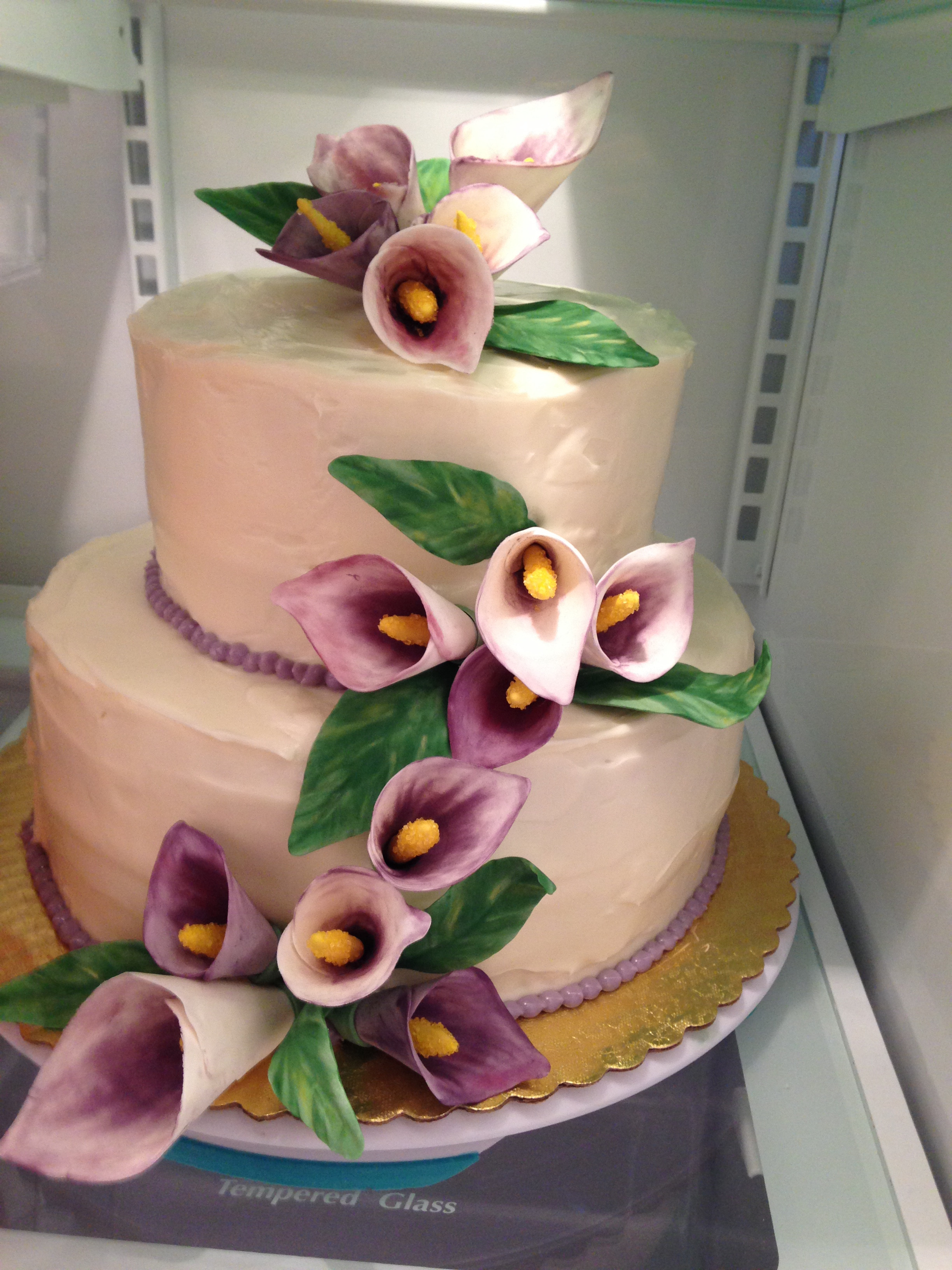 Wedding Cakes With Lilies  Calla Lily Wedding Cake