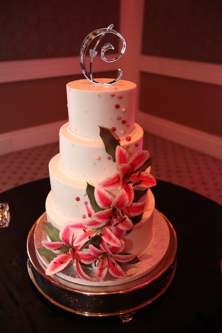 Wedding Cakes With Lilies  25 best ideas about Stargazer Lily Wedding on Pinterest