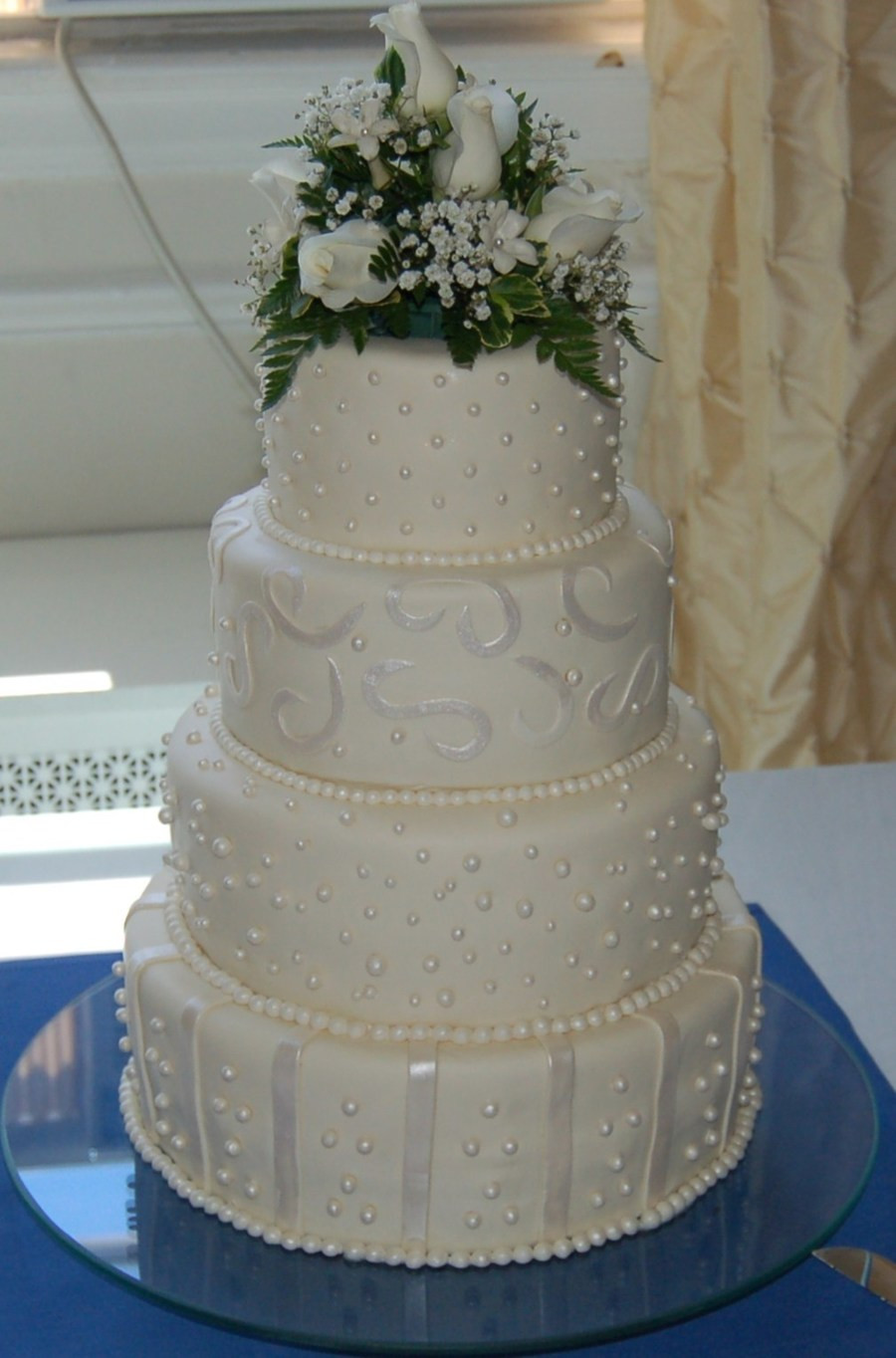 Wedding Cakes With Pearls  Fondant Pearl Wedding Cake CakeCentral