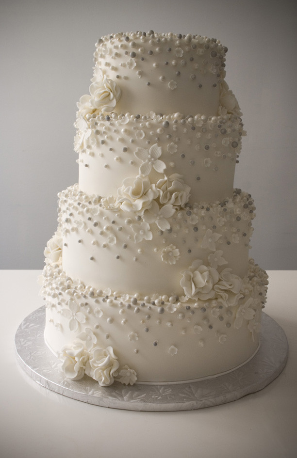 Wedding Cakes With Pearls  Pearls For Wedding Cake