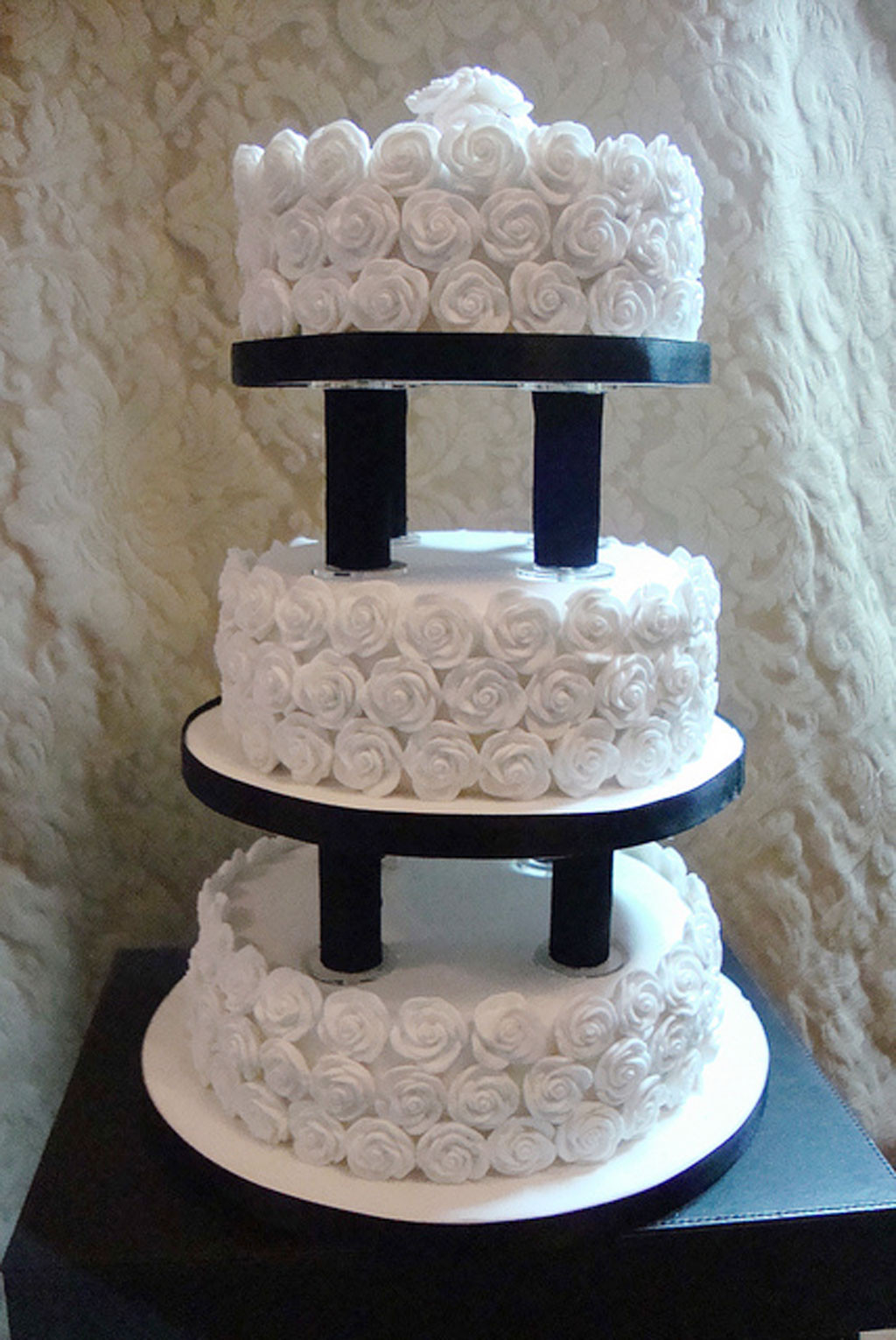 Wedding Cakes With Pillars  Wedding Cake Pillars And Plates Wedding Cake Cake Ideas
