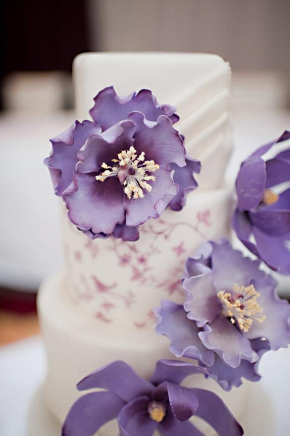 Wedding Cakes With Purple Flowers  Cake Inspiration Vera Wang Inspired Wedding Cake with