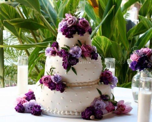 Wedding Cakes With Purple Flowers  Beautiful 3 tier round wedding cakes