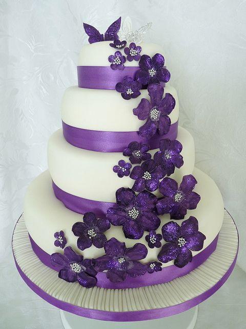 Wedding Cakes With Purple Flowers  Wedding Cakes with Purple Flowers Wedding and Bridal