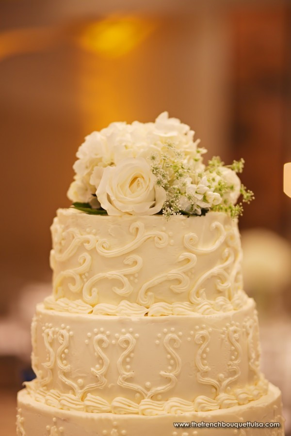Wedding Cakes With Real Flowers  The French Bouquet Blog inspiring wedding & event