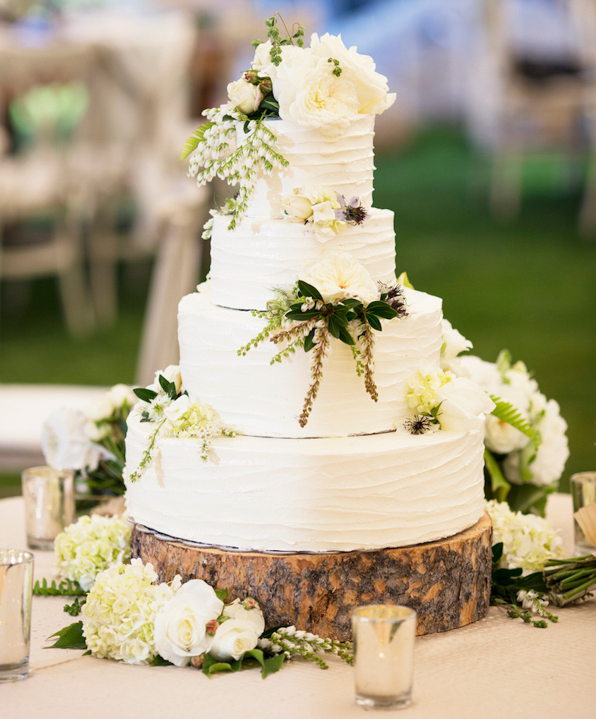 Wedding Cakes With Real Flowers  Wedding Cakes 20 Ways to Decorate with Fresh Flowers