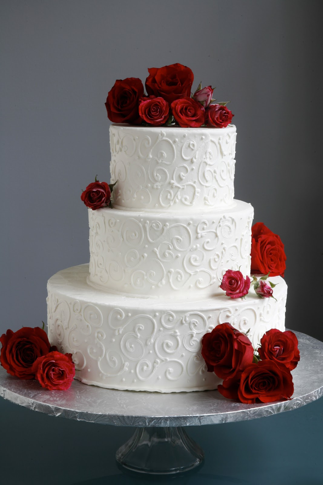 Wedding Cakes With Red  A Simple Cake Wedding Cake with Fresh Flowers From